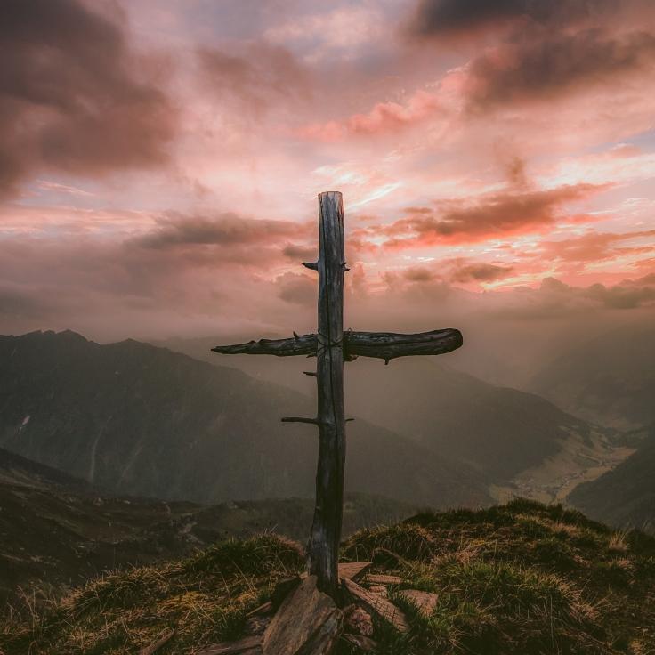 eberhard-grossgasteiger-1201375-unsplash